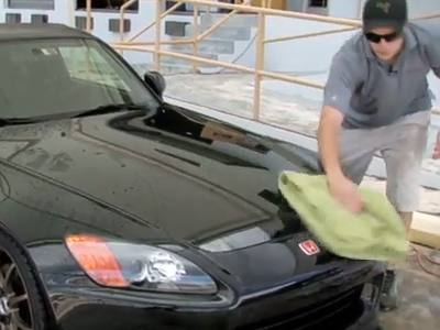 Washing a Used Vehicle to Sell It